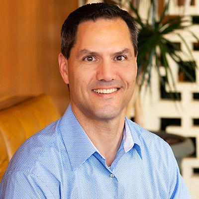Dr. Robert Casteel